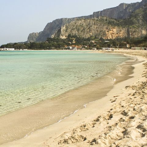 Beach holidays in Italy: Sicily, Mondello beach