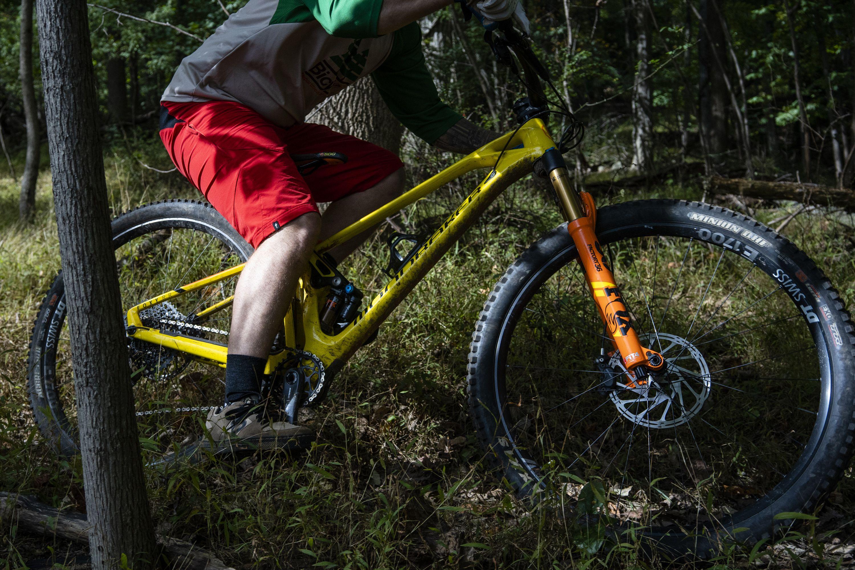 Mondraker Foxy Carbon RR 29 Enduro Bike – Best All-Mountain