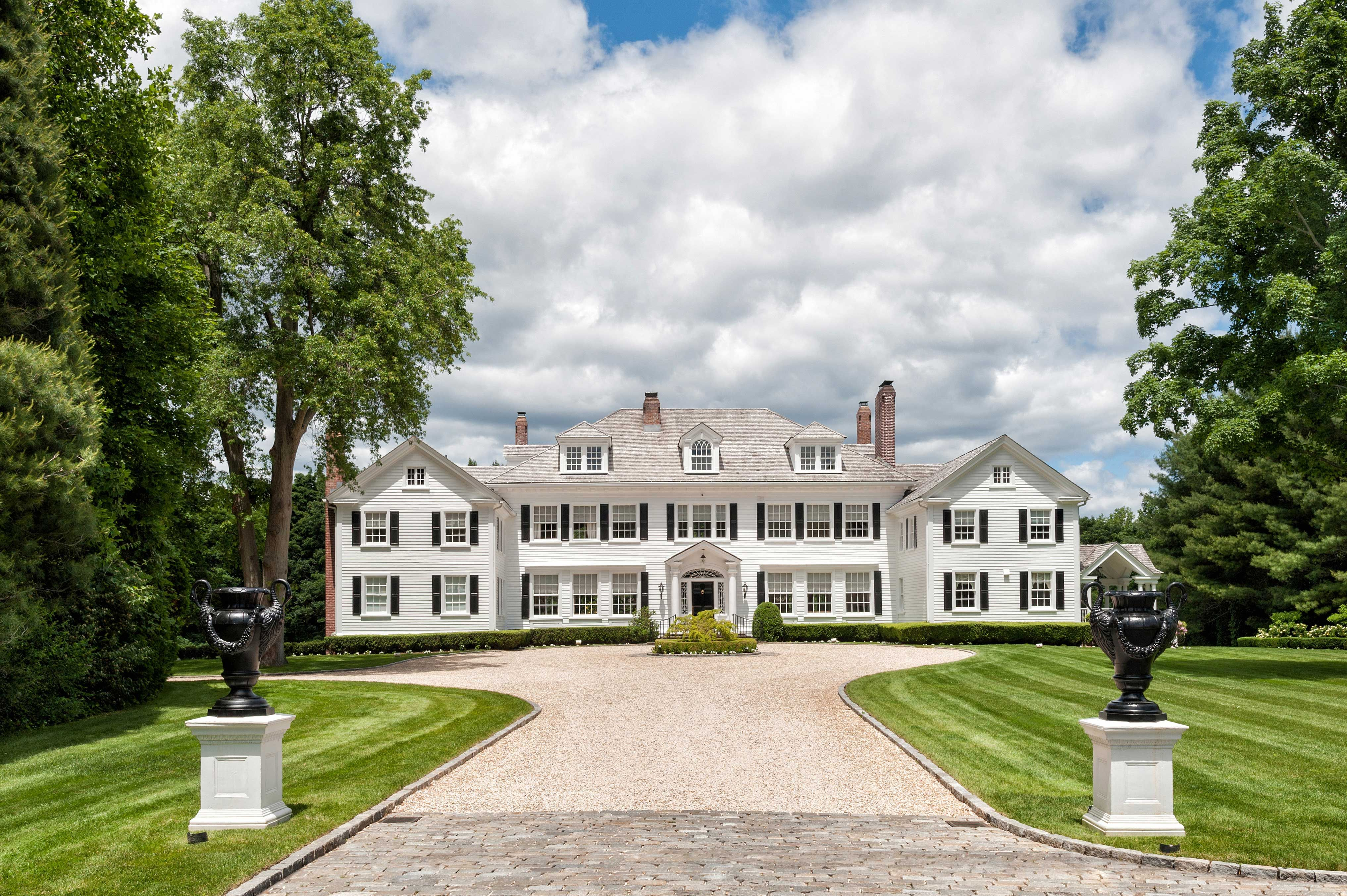Money Pit Movie House For Sale Long Island Home In The Money Pit