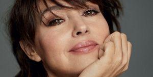 Monica Bellucci nelle foto in esclusiva assoluta per Elle Italia