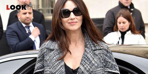 081ef2415826 Monica Bellucci look  il vestito di jeans è tendenza moda Primavera ...