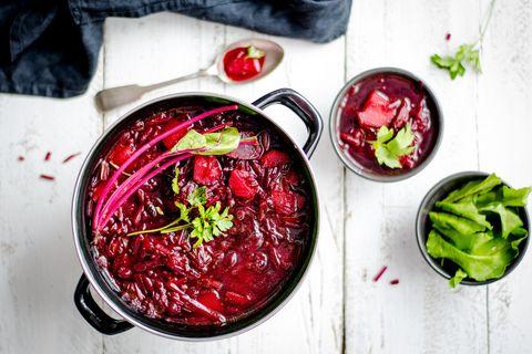 Recept: Kruidige gazpacho met bieten