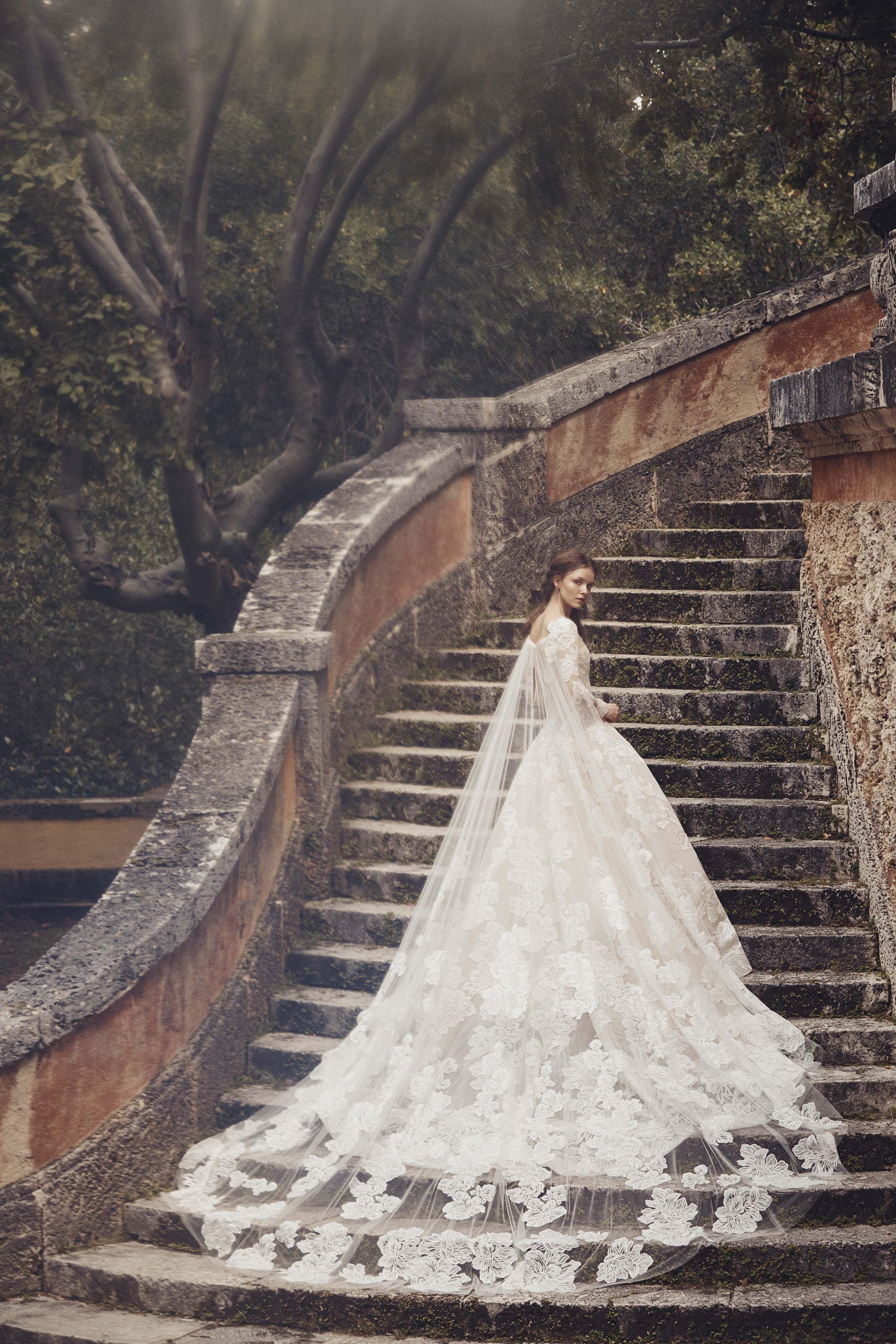 0b3130f0cd84 65+ Best Wedding Dresses Spring 2020 - Top Spring Bridal Runway Looks