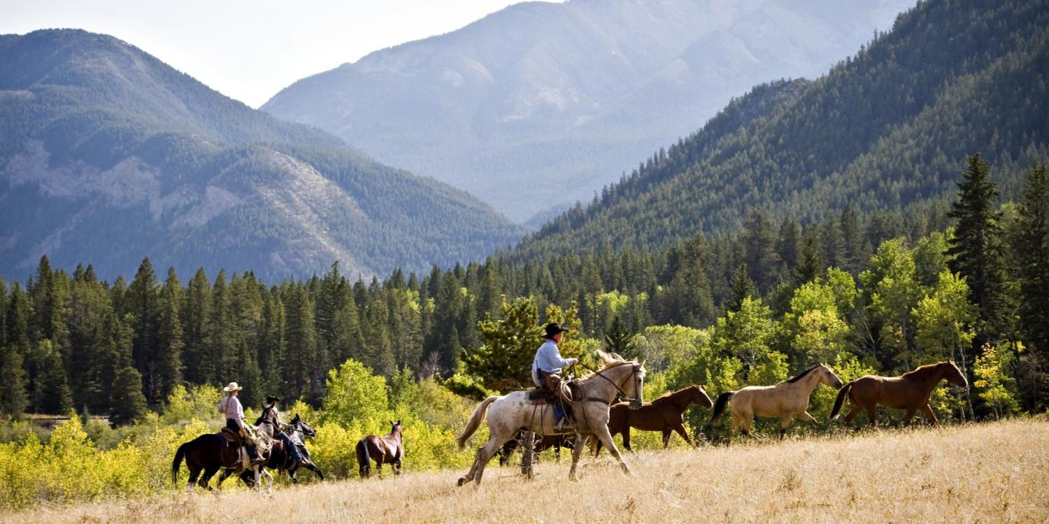 30 Best Summer Vacation Ideas in the US - Summer Vacations