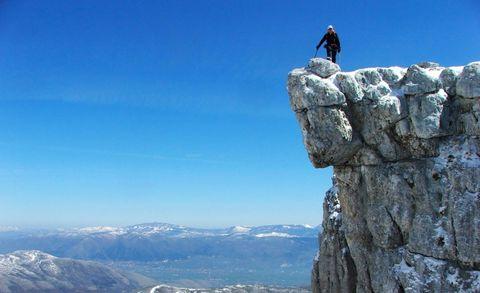 Mountainous landforms, Mountain, Ridge, Mountain range, Rock, Sky, Arête, Klippe, Summit, Massif,