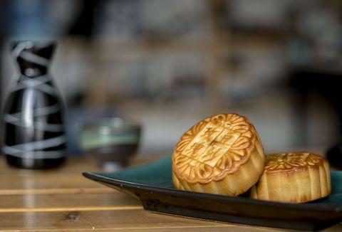 月餅的7個有趣的知識!月餅的名字是楊貴妃取的?綠豆椪的熱量超過一碗白飯!