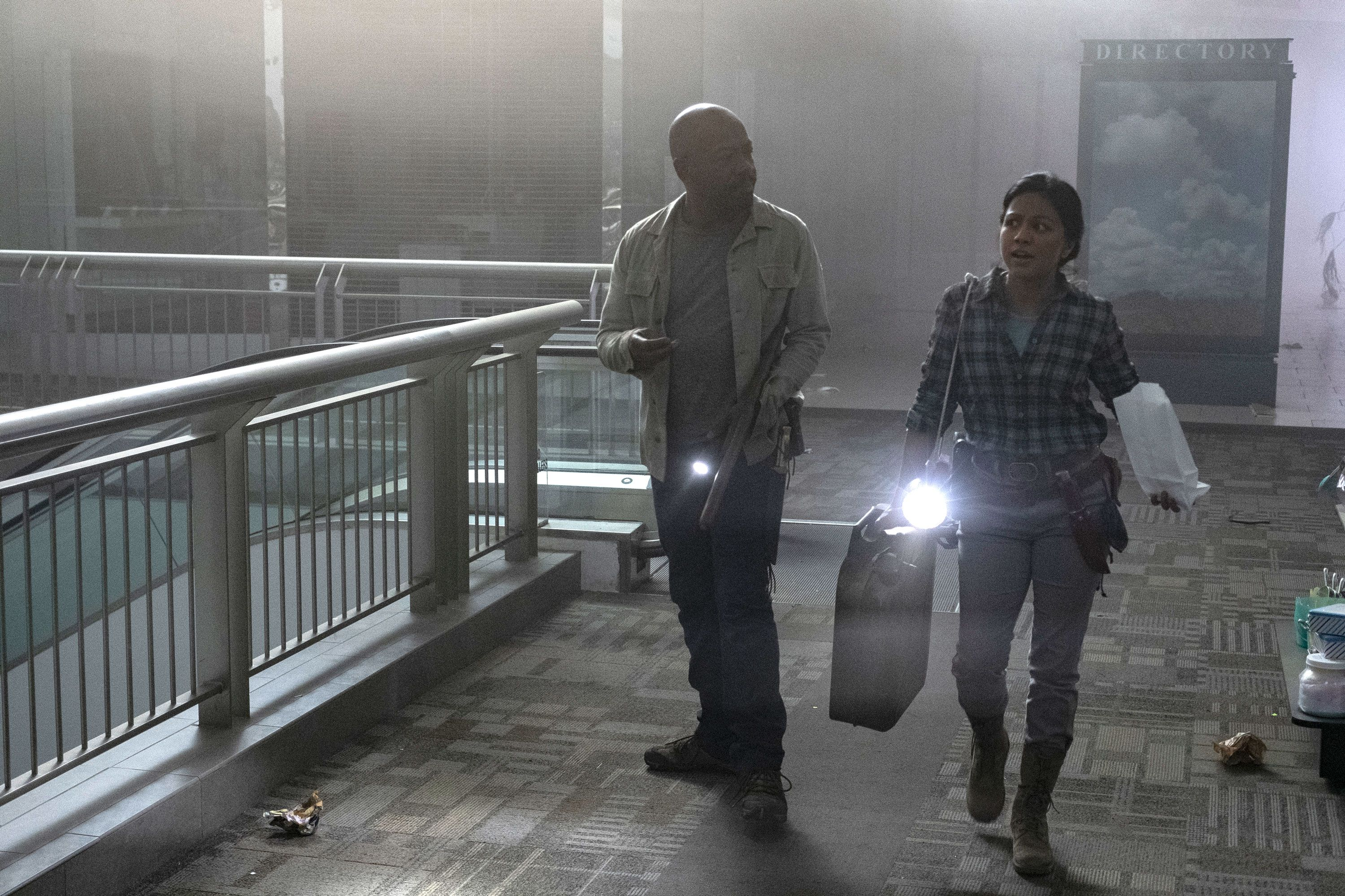 Did you notice Fear the Walking Dead's tribute to a classic zombie movie?