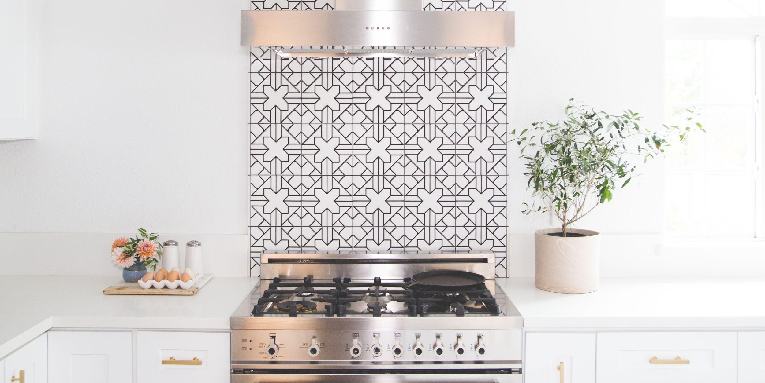 kitchen tile backsplash ideas Best Kitchen Backsplash Ideas   Tile Designs for Kitchen Backsplashes kitchen tile backsplash ideas
