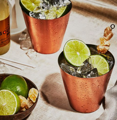 moscow mule vodka cocktail