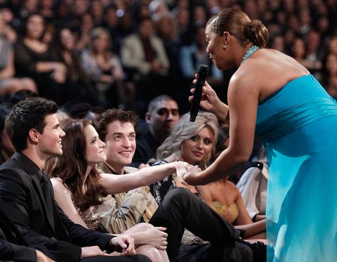 Most Awkward People's Choice Awards Moments Queen Latifah Twilight