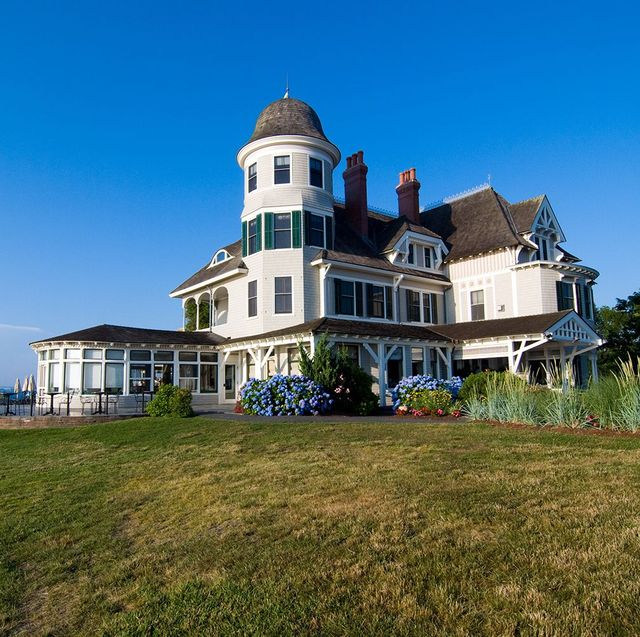 The Most Famous Hotel in Every State - 50 Famous Hotels in the U.S.A.