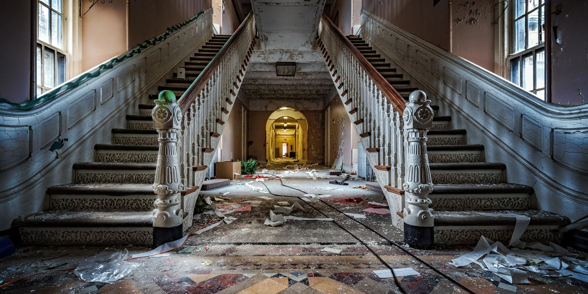 The 25 Most Haunted Places in America - Haunted Places Near Me