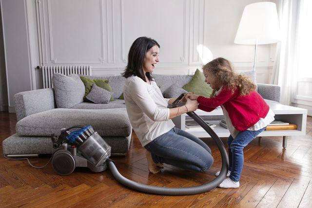 12 savvy time saving cleaning hacks