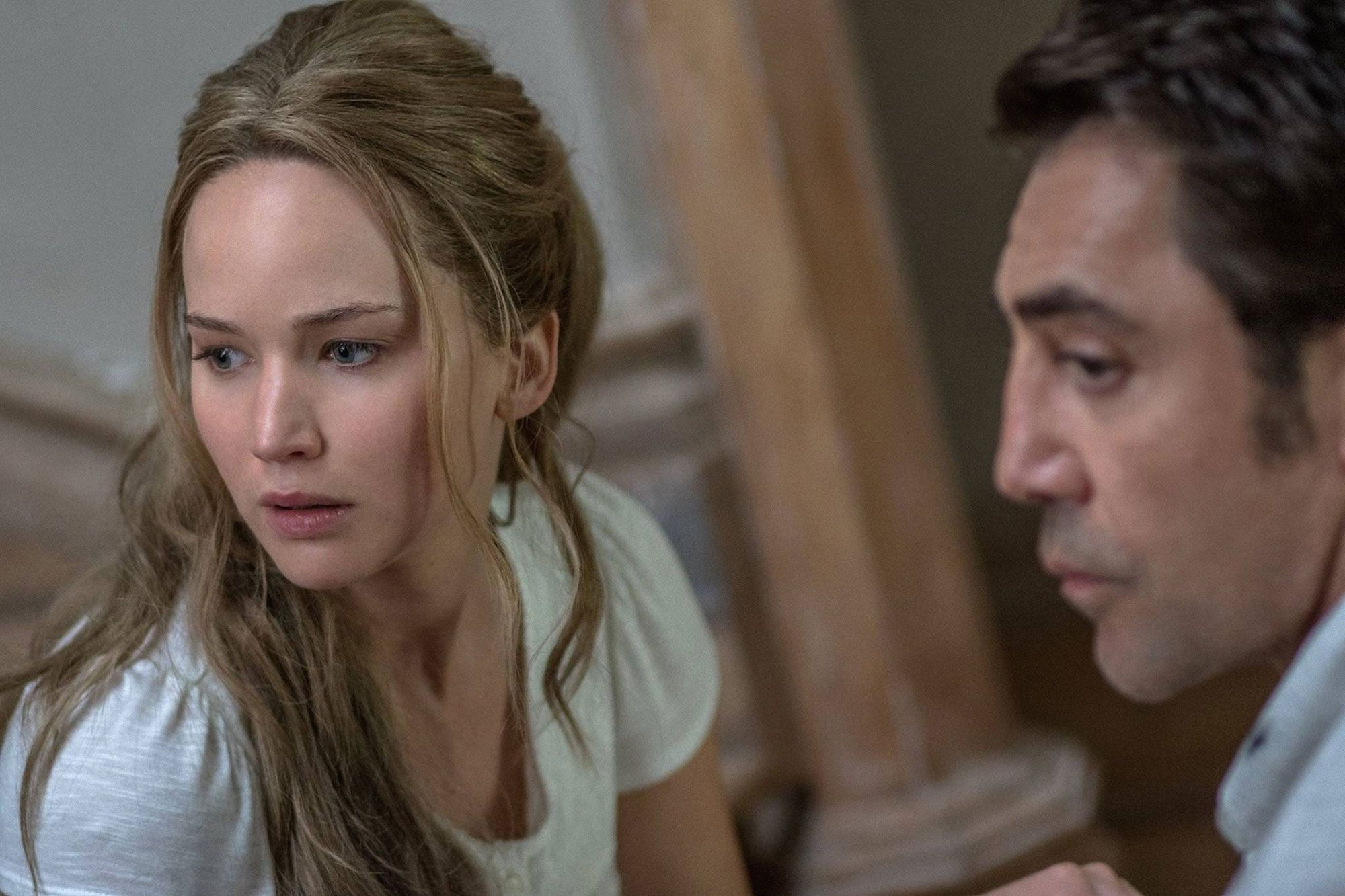 Jennifer Lawrence y Javier Bardem en Madre!