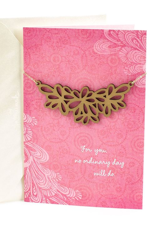 mothers day card with necklace