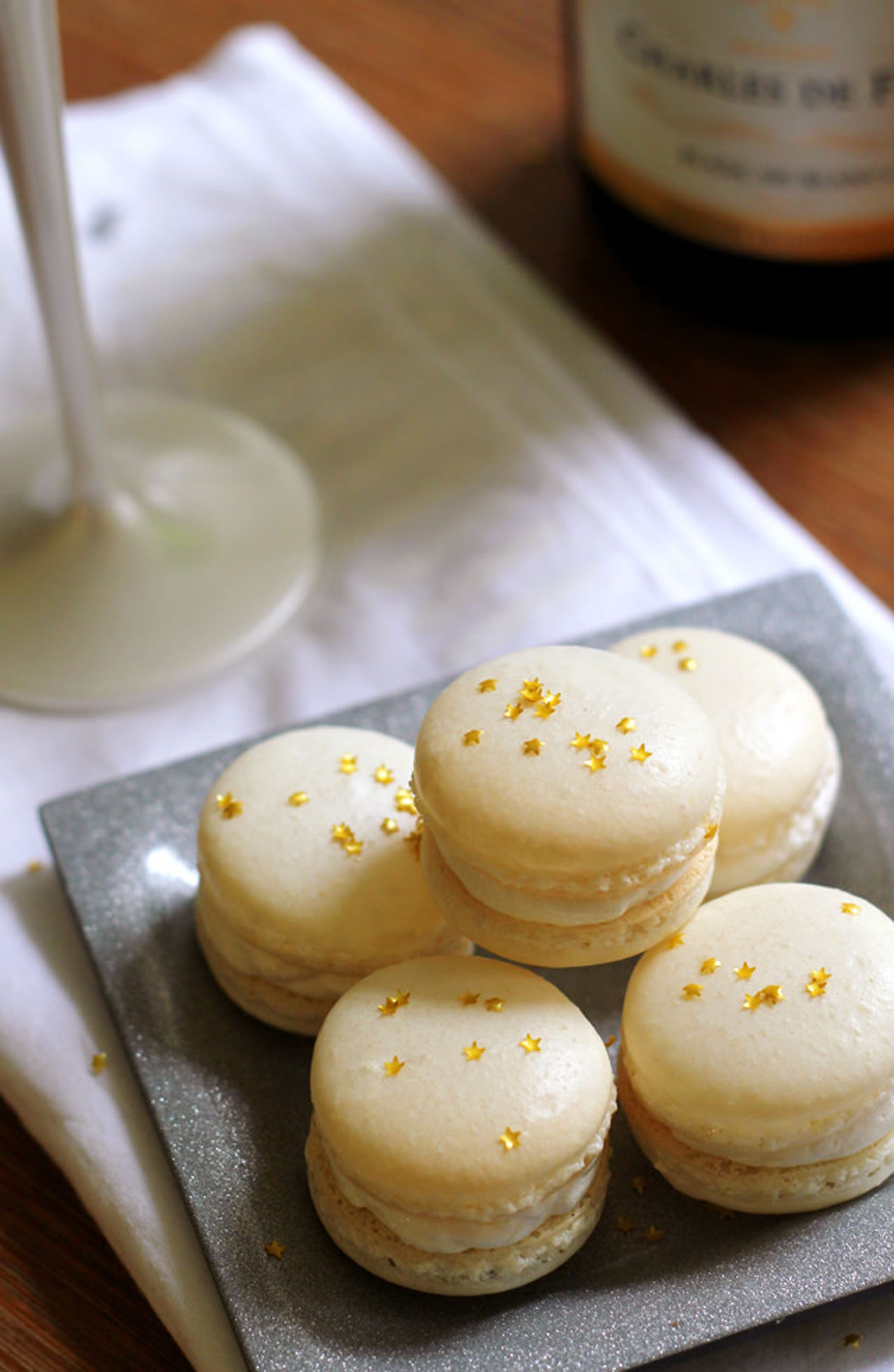 mothers day desserts macaroon