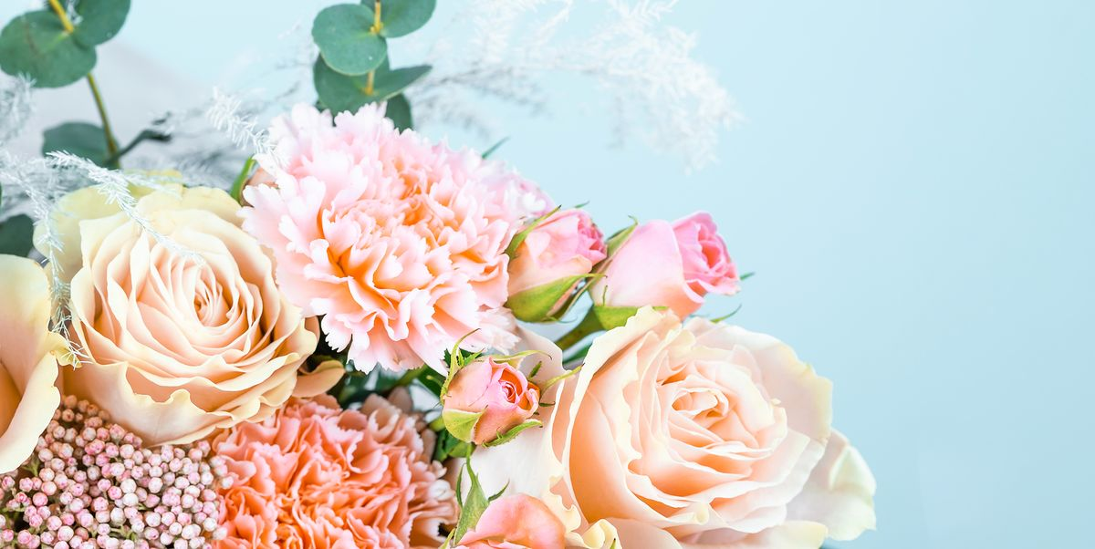 Order the Perfect Gift From the Online Flower Shops