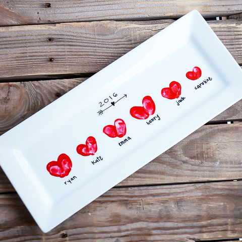 mothers-day-gifts-toddler_Heart Thumbprint Platter