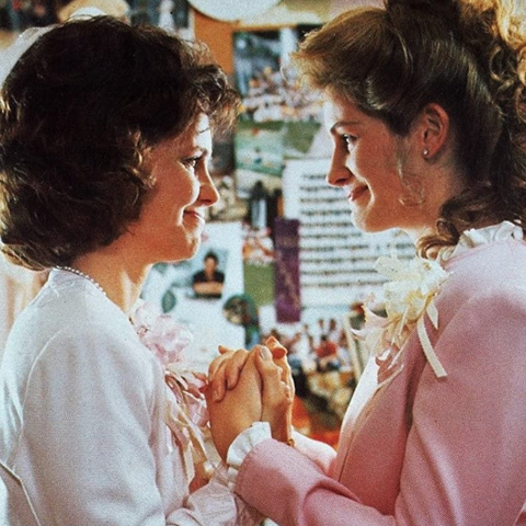 actresses sally field and julia roberts from the movie steel magnolias