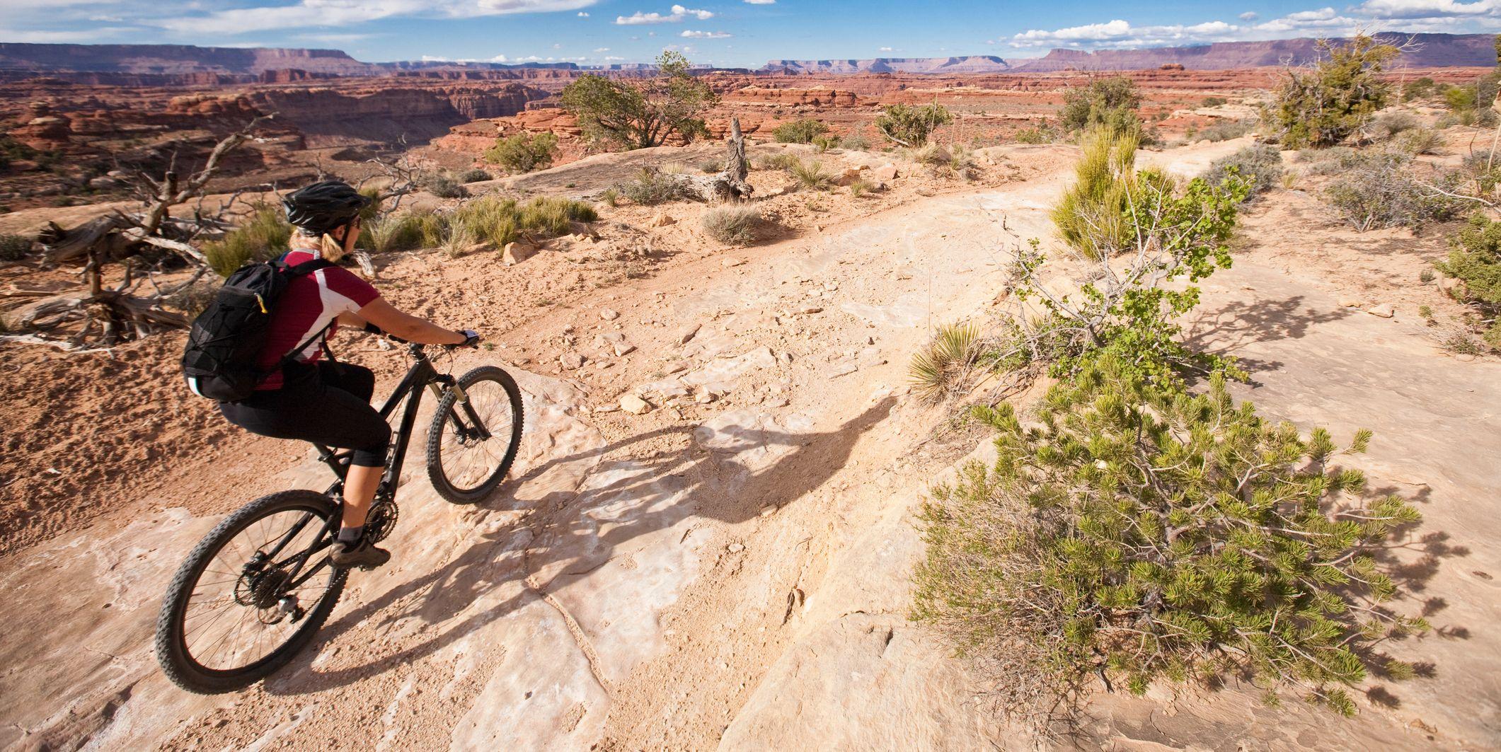 Mountain biker, Colorado Overlook Trail