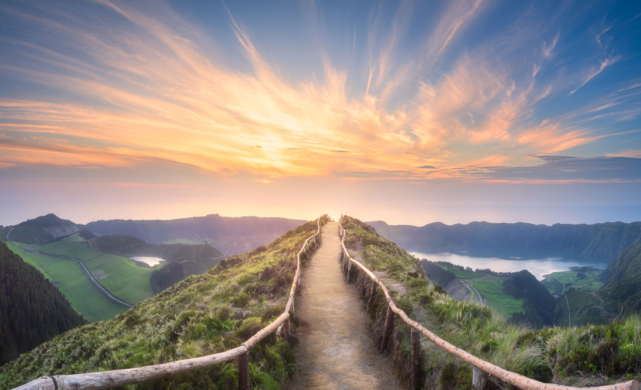 30 Beautiful Sunrise Photos — Best Photos of Mornings Around the World
