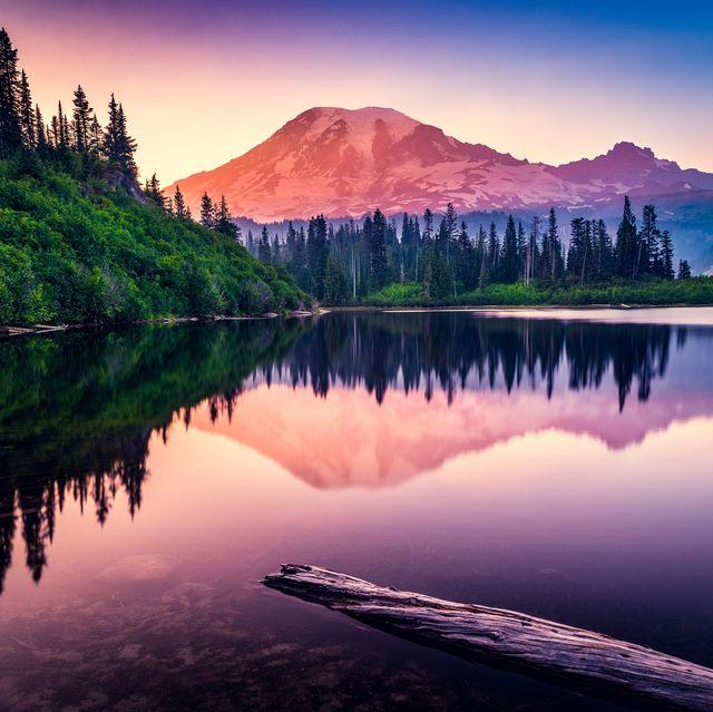mountain reflection in bench lake, mt rainier national park, washington, america, usa