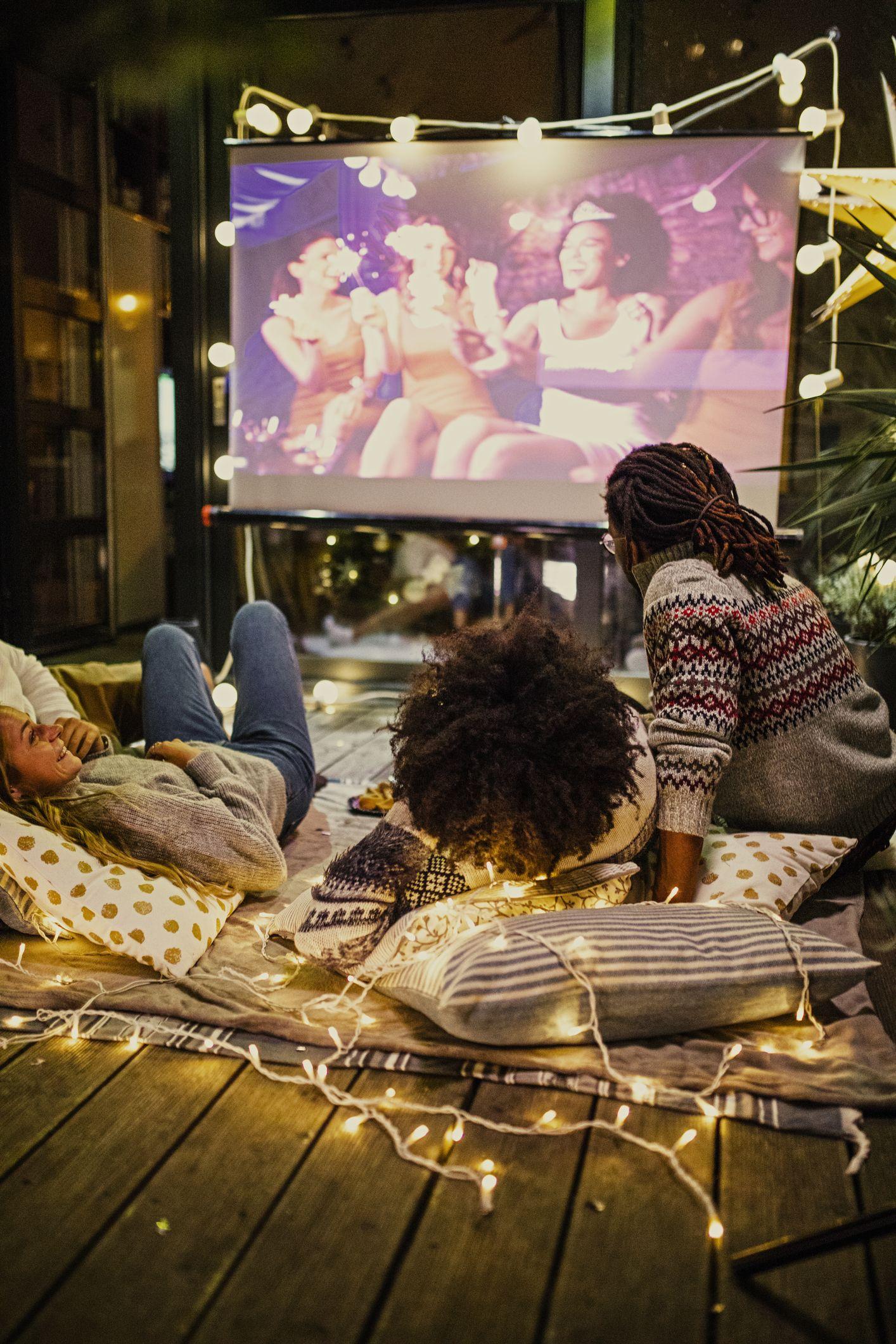 filmska večer u dvorištu