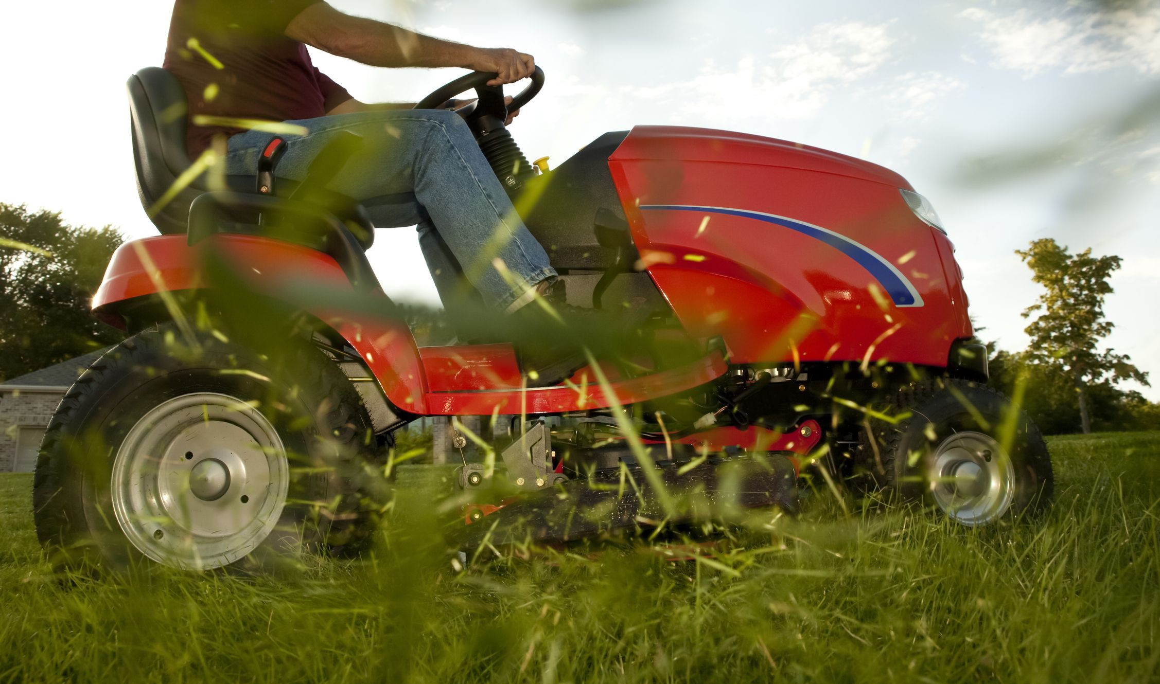 Types of Lawn Mowers | How to Buy the Right Lawn Mower
