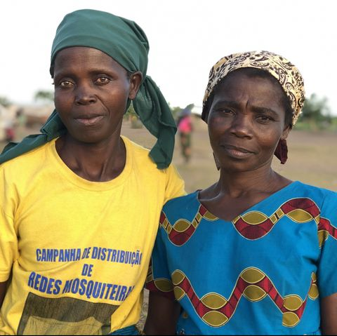 two mozambican women whose homes were destroyed by cyclone idai in 2019