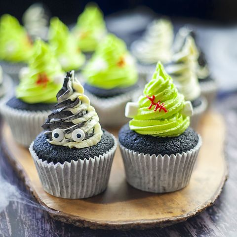mr and mrs frankenstein cupcakes