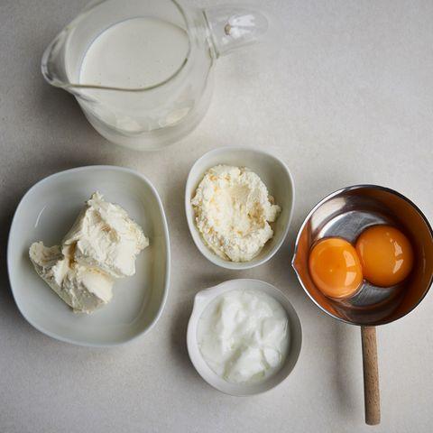 Food, Dish, Cuisine, Ingredient, Sour cream, Crème fraîche, Dairy, Mascarpone, Strained yogurt, Cream,