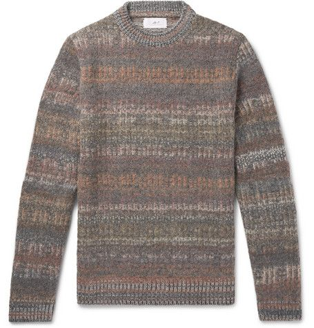 Clothing, Sweater, Sleeve, Woolen, Outerwear, Wool, Brown, Long-sleeved t-shirt, Beige, Top,