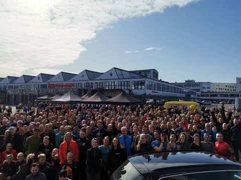 Crowd, People, Sky, Mountain, Vehicle, Car, Event, Cloud, Tourism, Audience,