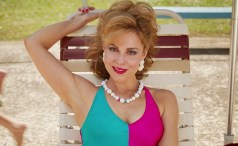 Mrs. Wheeler's Second Pool Outfit in Stranger Things Proves She's Done With Billy for Good