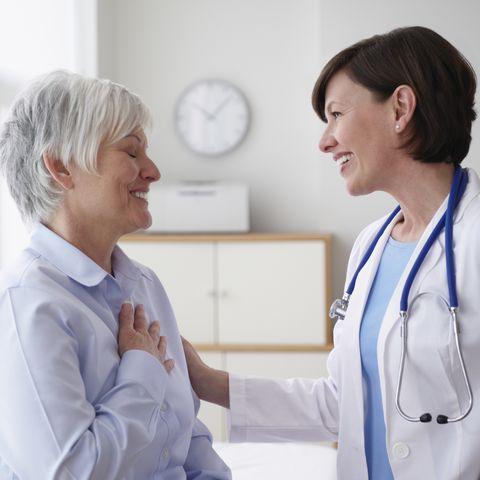 7 Early Symptoms of MS In Women