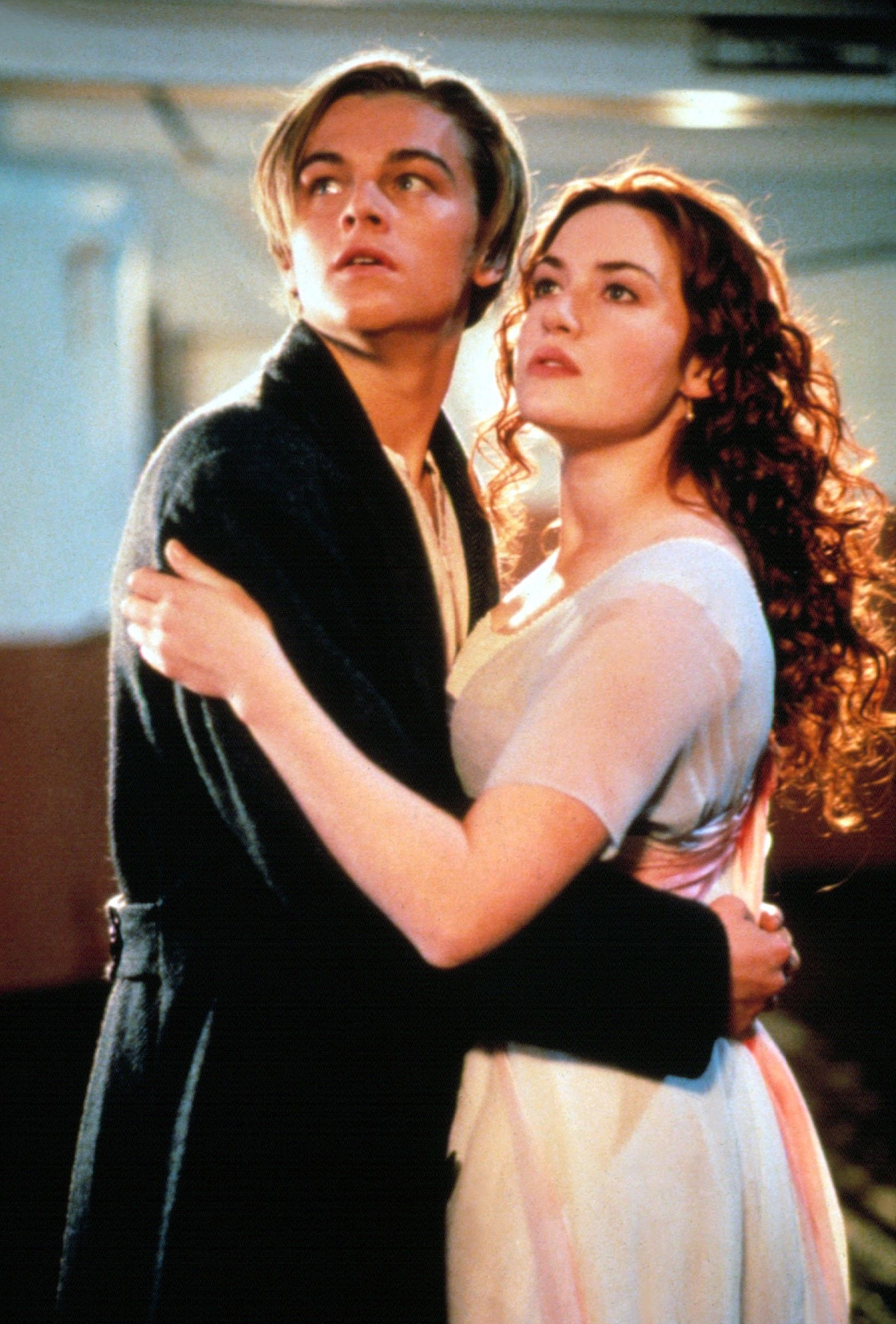 Titanic (1997) This movie, which had most teenage girls sobbing their way through the late '90s, is a fictionalized account of the 1912 sinking of the RMS Titanic (obviously). It stars Leonardo DiCaprio at his heartthrob-iest and Kate Winslet, two passengers of vastly different social stature who fall in love during the Titanic's first and final voyage.