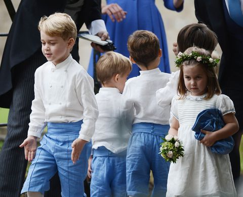 Child, People, Event, Ceremony, Fun, Toddler, Plant, Tradition, Gesture, Family,