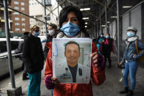 Mt. Sinai Medical Workers Protest Over Lack Of PPE While Fighting Coronavirus