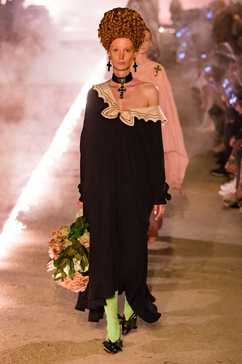 f34ead0c9 Gucci Cruise 2019 Collection Photos - See Every Look from Gucci ...