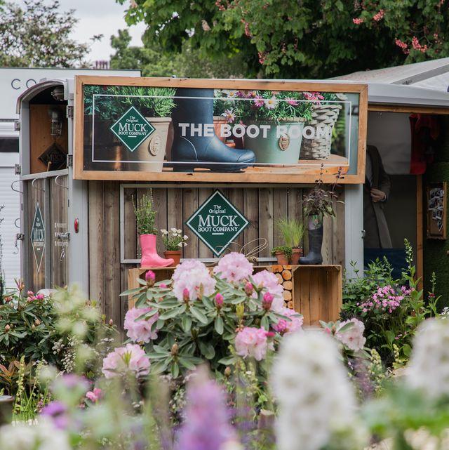 muck boot unveil wellbeing concept garden for rhs chelsea flower show 2021