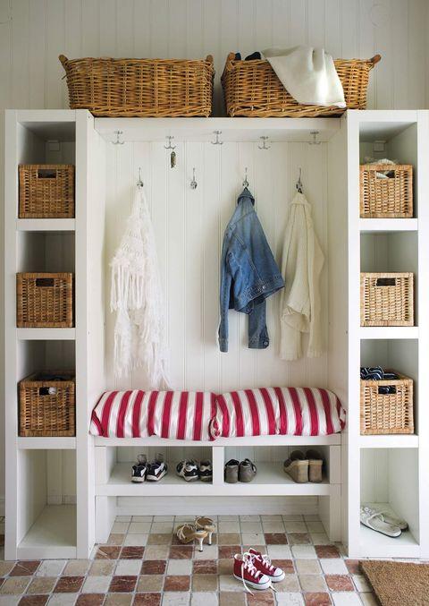 mueble para el recibidor con perchero, baldas y banco zapatero
