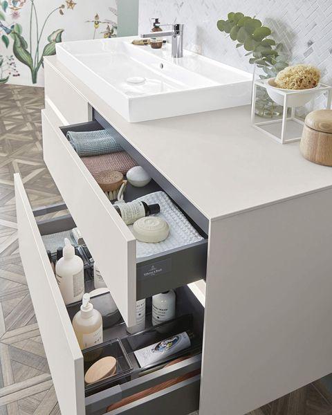 mueble de lavabo con cajones para ordenar