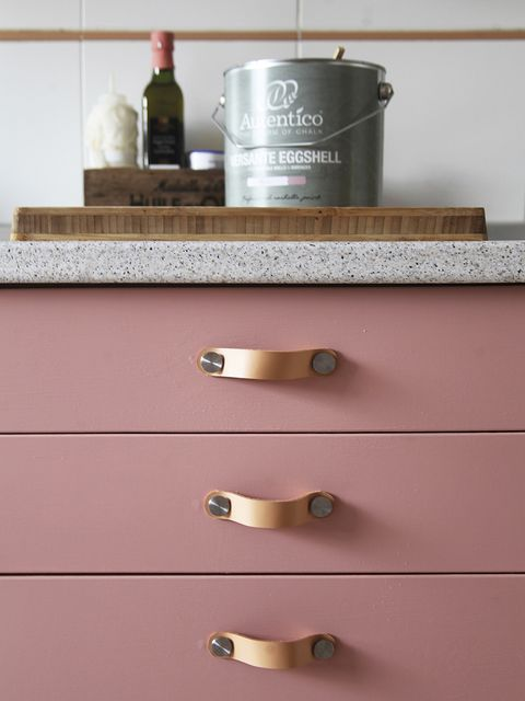 Shelf, Wall, Furniture, Room, Material property, Drawer, Wood, Metal,