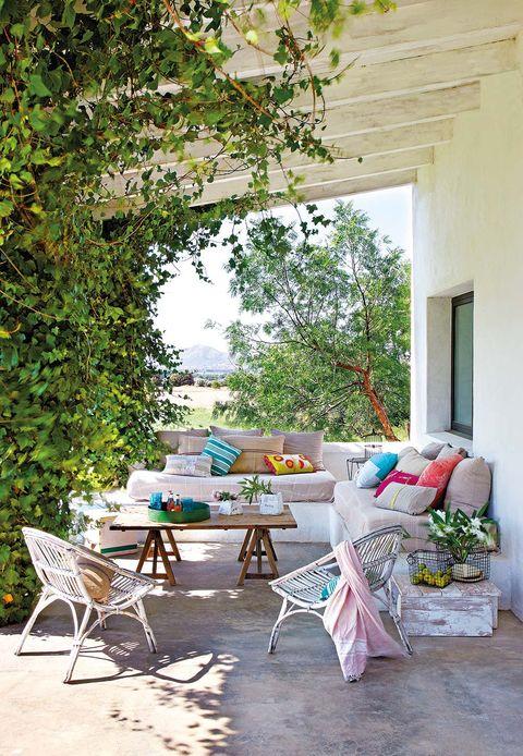 Espacio al aire libre: Porche para el relax