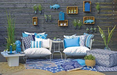 muebles de exterior en blanco y azul blue ocean