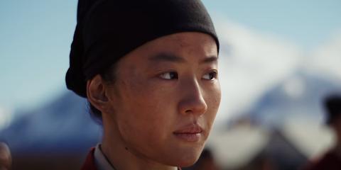 Een screenshot uit de live-action remake van Mulan.