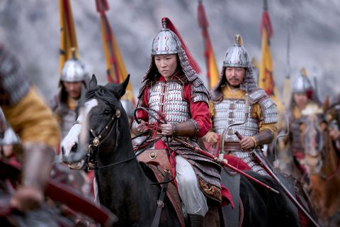 liu yifei as mulan, mulan on horseback