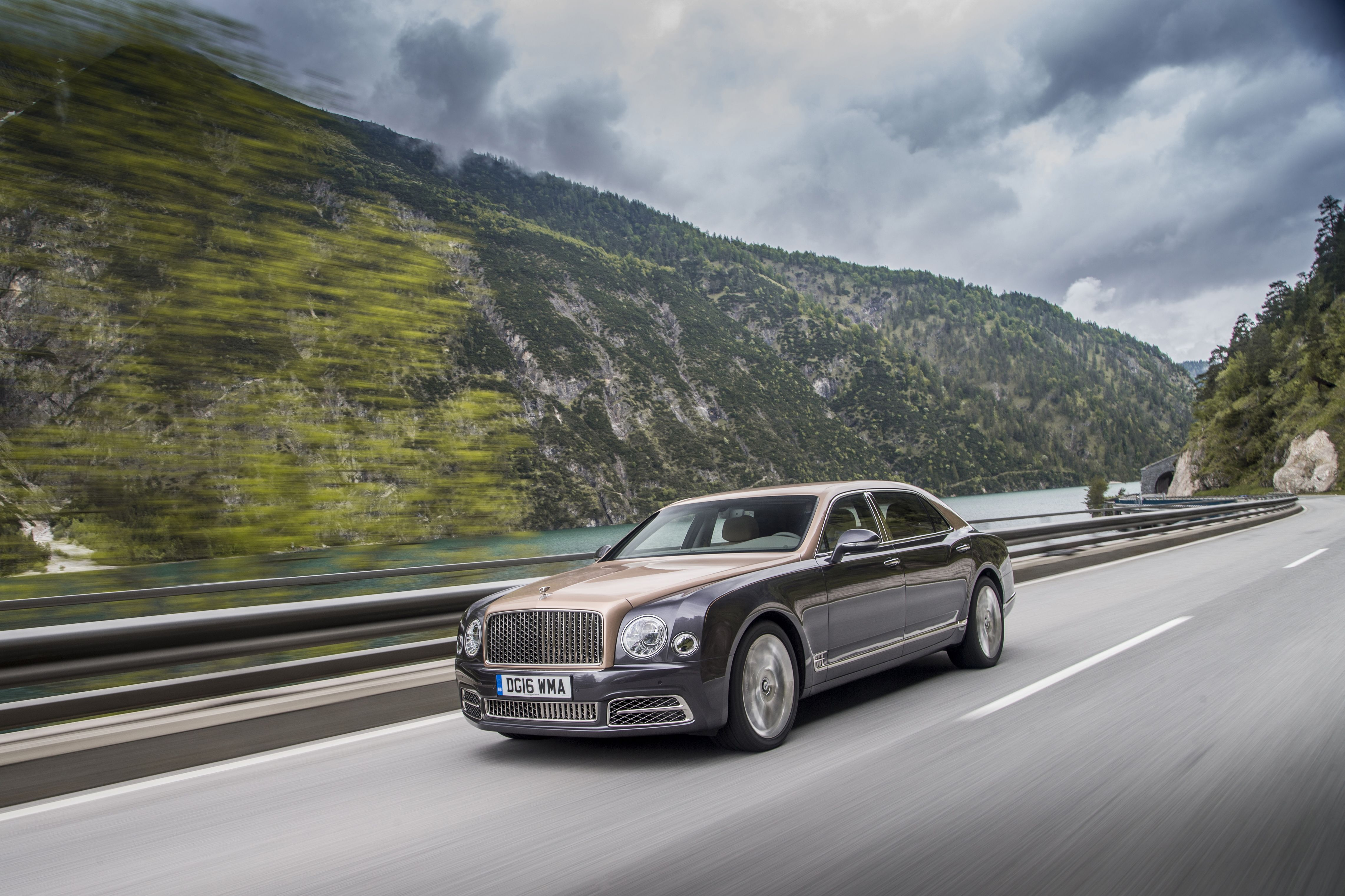 2020 Bentley Mulsanne Review Pricing And Specs