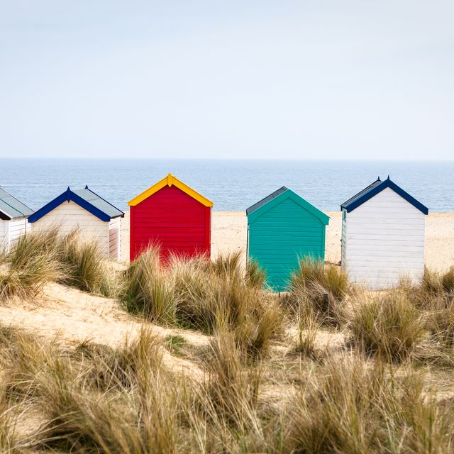 beach huts sell for £325k as brits plan staycations