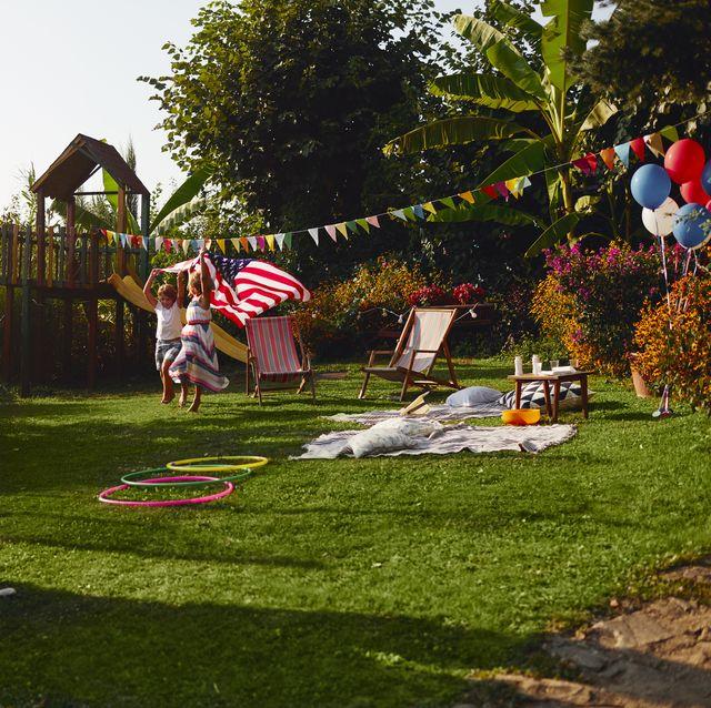 Multi-generation Family Celebrating 4th of July